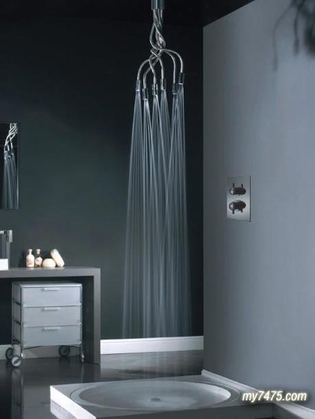 http://www.n-javan.com/aks/khalaghiat-pic/shower03.jpg